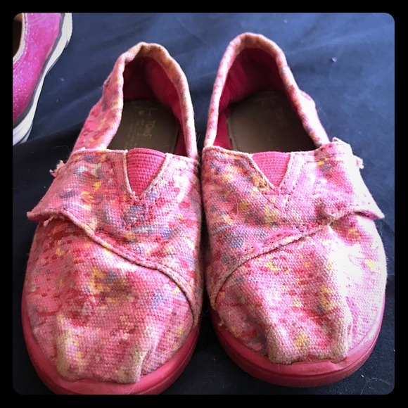 Toms Other - Toddler size 9 toms